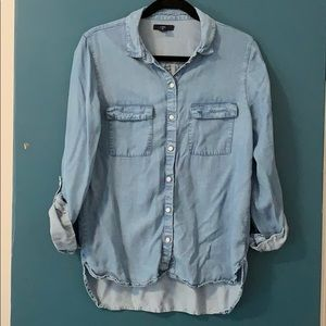 Gap tencel chambray button down